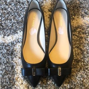 Cole Haan Bow Flats size 6.5